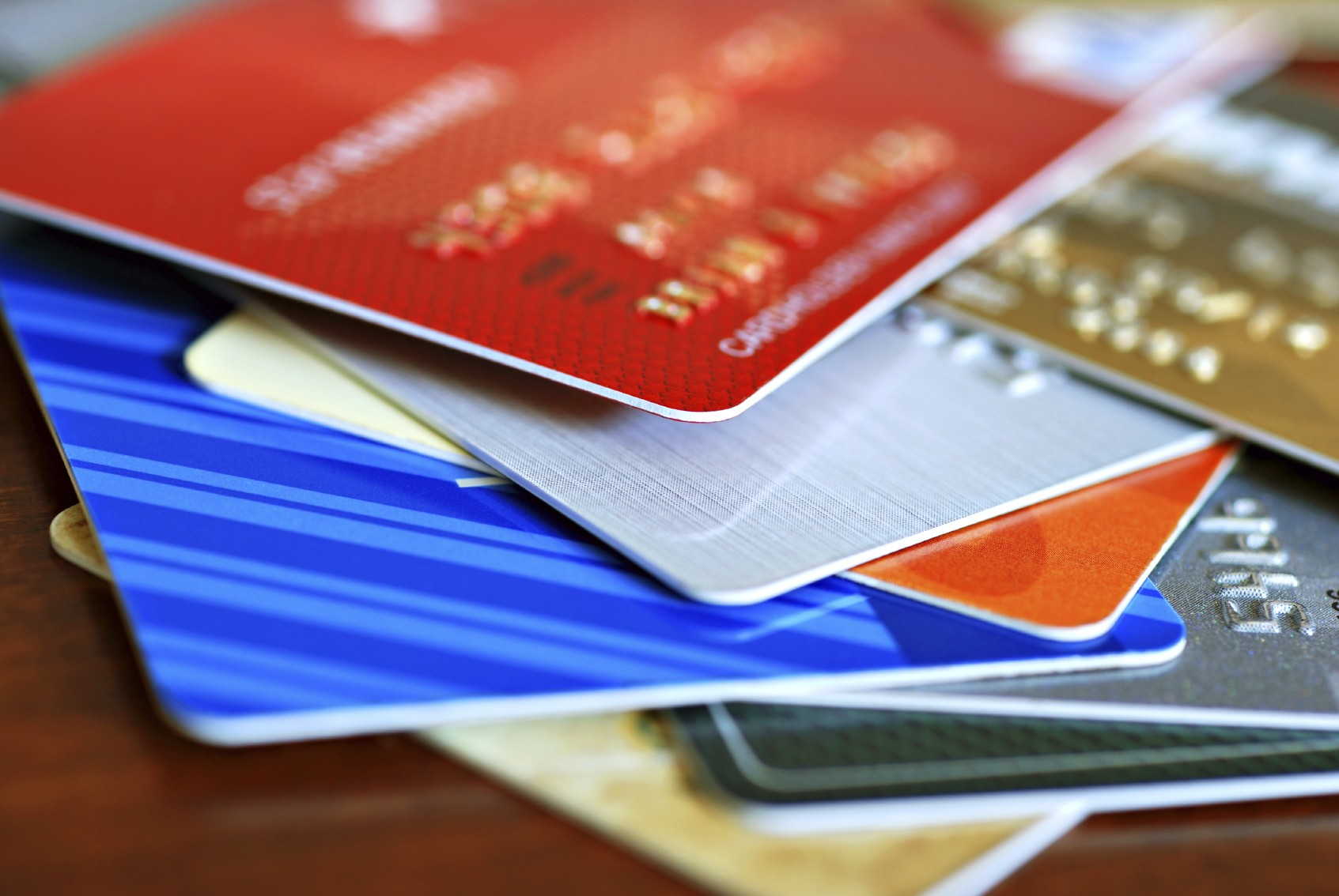 Online credit card with money